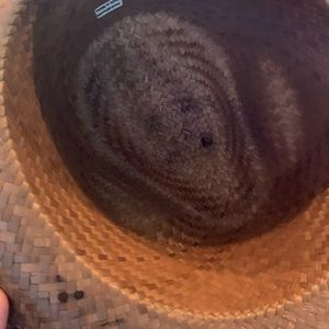 Accessories - NWOT Fedora hat with skull